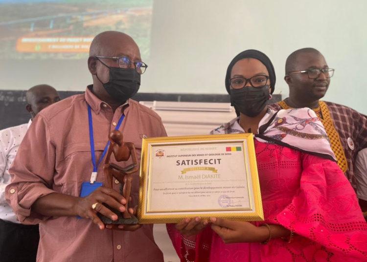 Mines-Conférence: le Directeur Général Adjoint de Winning Consortium Simandou partage son expérience à l'ISMGB